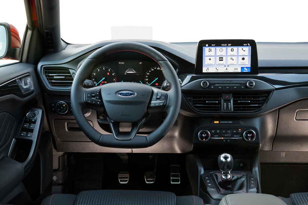 Ford-Focus_2019_4Drivers