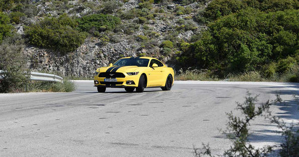 ford mustang drive δοκιμή