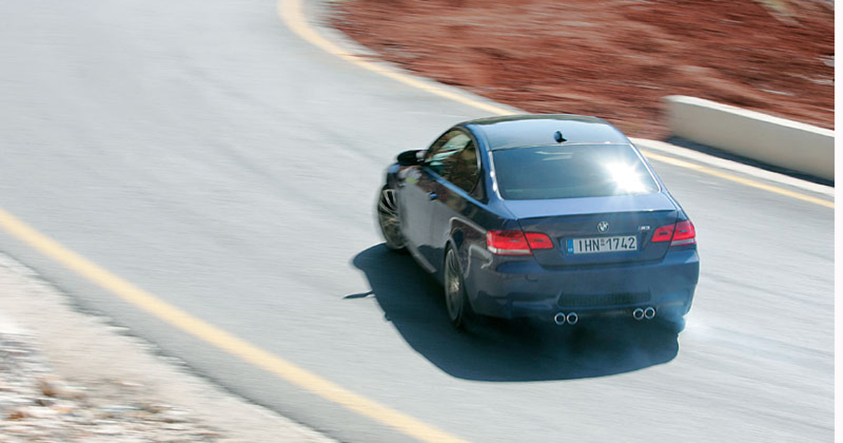 BMW M3 E92 drifting