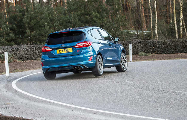 Ford-fiesta-st-test-4drivers.gr