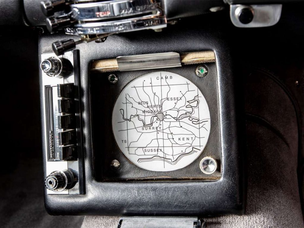 James Bond DB5 navigation